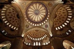 Μέσα στο μπλε μουσουλμανικό τέμενος, Instabul Στοκ Εικόνες