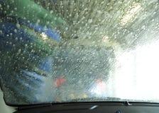 Μέσα στο πλύσιμο αυτοκινήτων Στοκ φωτογραφία με δικαίωμα ελεύθερης χρήσης