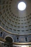 Μέσα στο Pantheon   Στοκ Εικόνες