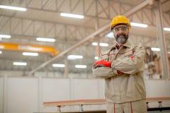 Μέσης ηλικίας μηχανικός στο εργοστάσιο Στοκ Εικόνα