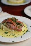 μέσο μοσχαρίσιο κρέας scallopini πορτρέτου Στοκ φωτογραφία με δικαίωμα ελεύθερης χρήσης