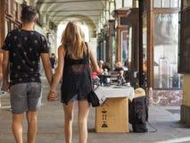 Μέσω Po της σκεπαστής εισόδου πρόσοψης στο Τορίνο Στοκ Φωτογραφίες