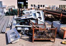 Μέταλλο έτοιμο για την ανακύκλωση Στοκ εικόνες με δικαίωμα ελεύθερης χρήσης