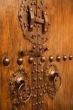μέταλλο πορτών ξύλινο Στοκ Φωτογραφίες