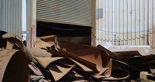 Μέταλλο scarps στο junkyard 4k απόθεμα βίντεο