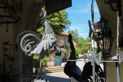 Μέταλλο weathervanes στο εκλεκτής ποιότητας ύφος Grazzano Visconti, Ιταλία Στοκ Φωτογραφία