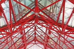 Μέταλλο και στέγη μέσα Στοκ φωτογραφία με δικαίωμα ελεύθερης χρήσης