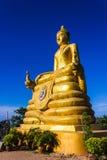12 μέτρα υψηλή μεγάλη εικόνα του Βούδα, φιαγμένη από 22 τόνους του ορείχαλκου σε Phu Στοκ εικόνες με δικαίωμα ελεύθερης χρήσης