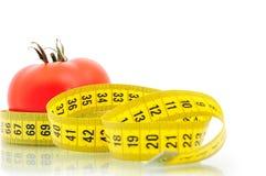 μέτρηση της ντομάτας ταινιών Στοκ εικόνα με δικαίωμα ελεύθερης χρήσης