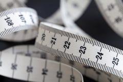 Μέτρηση της ταινίας ραφτών Κινηματογράφηση σε πρώτο πλάνο, μακροεντολή στοκ εικόνα με δικαίωμα ελεύθερης χρήσης