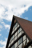 Μέτωπο ενός εφοδιασμένου με ξύλα σπιτιού Στοκ Εικόνα