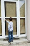 μέτωπο πορτών αγοριών Στοκ φωτογραφίες με δικαίωμα ελεύθερης χρήσης