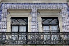 Μέτωπο σπιτιών που εξωραΐζεται με Azulejos (κεραμίδια τοίχων) στοκ φωτογραφίες με δικαίωμα ελεύθερης χρήσης