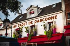 Μέτωπο του εστιατορίου Au Cadet de Gascogne στη θέση du Ter στοκ εικόνες