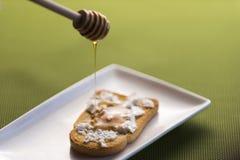 Μέλι Σταγμένο μέλι Γλυκό μέλι Στοκ φωτογραφία με δικαίωμα ελεύθερης χρήσης