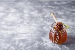 Μέλι Σταγμένο μέλι Στοκ εικόνα με δικαίωμα ελεύθερης χρήσης