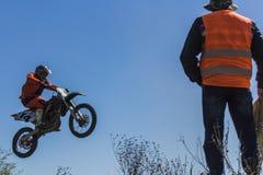 Μήκος σε πόδηα από το πρωτάθλημα μοτοκρός άνοιξη στοκ εικόνες