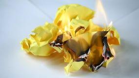 Μήκος σε πόδηα καπνού πυρκαγιάς εγγράφου hd φιλμ μικρού μήκους