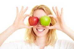 μήλα ως μάτια Στοκ Φωτογραφία
