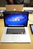 μήλο macbook υπέρ Στοκ Φωτογραφία