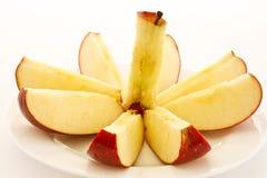 μήλων ώριμος που τεμαχίζε&t Στοκ Εικόνες
