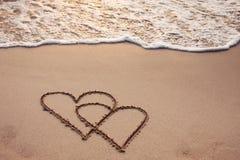 Μήνας του μέλιτος, δύο καρδιές Στοκ φωτογραφία με δικαίωμα ελεύθερης χρήσης