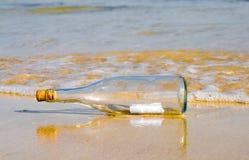 μήνυμα μπουκαλιών Στοκ φωτογραφίες με δικαίωμα ελεύθερης χρήσης