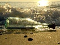 μήνυμα 5 μπουκαλιών Στοκ Φωτογραφίες