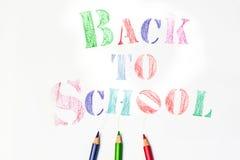 Μήνυμα & x22  Πίσω στο σχολείο & x22  με το μολύβι χρώματος Στοκ Φωτογραφία