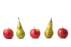 Μήλα και αχλάδια Στοκ φωτογραφίες με δικαίωμα ελεύθερης χρήσης