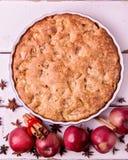 Μήλα, καρυκεύματα και πίτα της Apple Στοκ εικόνα με δικαίωμα ελεύθερης χρήσης