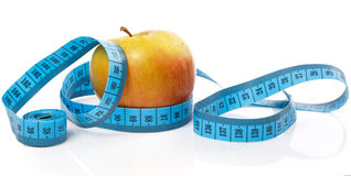 Μήλο και ταινία μέτρου Στοκ Εικόνα