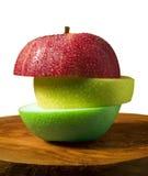 μήλο που τεμαχίζεται Στοκ Φωτογραφία