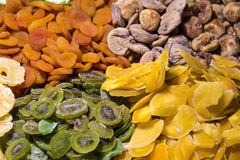 Μίγμα των διαφορετικών γλασαρισμένων φρούτων Στοκ εικόνα με δικαίωμα ελεύθερης χρήσης