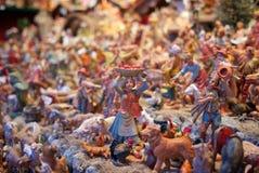 Μίνι γλυπτά στην αγορά Βιέννη, Αυστρία Χριστουγέννων στοκ εικόνες