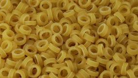 Μίνι δαχτυλίδια ζυμαρικών φιλμ μικρού μήκους
