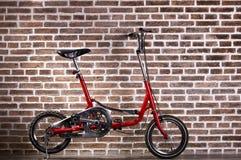 Μίνι κόκκινο ποδήλατο Στοκ φωτογραφία με δικαίωμα ελεύθερης χρήσης