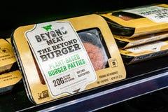 17 Μαΐου 2019 Cupertino/ασβέστιο/ΗΠΑ - πέρα από Burger κρέατος τις συσκευασίες διαθέσιμες για την αγορά σε ένα κατάστημα στην περ στοκ φωτογραφία με δικαίωμα ελεύθερης χρήσης