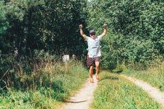 26-27 Μαΐου 2018 Naliboki, λευκορωσικό όλος-της Λευκορωσίας ερασιτεχνικό τρέξιμο Naliboki μαραθωνίου στοκ εικόνες