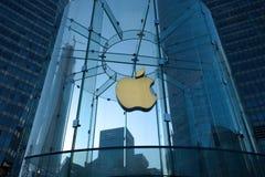 Μαγαζί λιανικής πώλησης της Apple στο lujiazui της Σαγκάη Στοκ Φωτογραφία