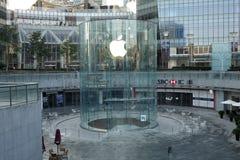 Μαγαζί λιανικής πώλησης της Apple στο lujiazui της Σαγκάη Στοκ Φωτογραφίες