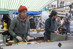 Μαγείρεμα κρέατος, αγορά δήμων, Λονδίνο Στοκ φωτογραφία με δικαίωμα ελεύθερης χρήσης