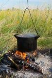 μαγείρεμα πυρών προσκόπων Στοκ φωτογραφίες με δικαίωμα ελεύθερης χρήσης