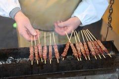 Μαγειρευμένο αποκαλούμενο κρέας Arrosticini στα ιταλικά γλώσσα είναι μια κατηγορία ο Στοκ Εικόνα