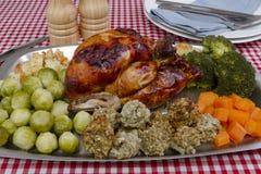 Μαγειρευμένο κοτόπουλο στοκ εικόνες με δικαίωμα ελεύθερης χρήσης