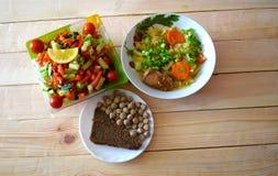 Μαγειρευμένο λάχανο με το βόειο κρέας στοκ εικόνες με δικαίωμα ελεύθερης χρήσης