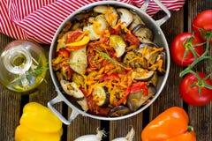 Μαγειρευμένο ύφος θερινών λαχανικών ratatouille Στοκ φωτογραφία με δικαίωμα ελεύθερης χρήσης