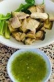 Μαγειρευμένο Mekong γατόψαρο με την πικάντικη σάλτσα Στοκ φωτογραφία με δικαίωμα ελεύθερης χρήσης