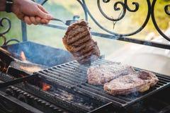 Μαγειρεύοντας βόειο κρέας Στοκ Φωτογραφίες