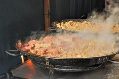 μαγειρεύοντας κρέας αγ&omic Στοκ εικόνα με δικαίωμα ελεύθερης χρήσης